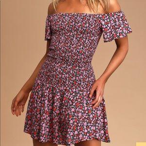 Lulus Off shoulder ruched floral dress
